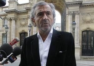 МИД РФ обвинило известного французского писателя в хамстве