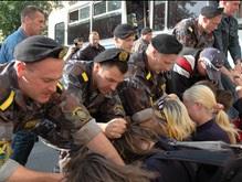 Белорусская оппозиция: Спецназовцы били ногами участников антиправительственной акции