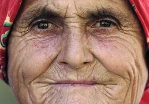 Исследование: В старости у людей снижается интеллект, но прибавляется мудрость
