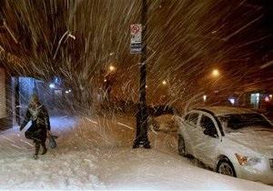На Восточном побережье США сильные снегопады спровоцировали серию ДТП