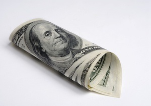 В феврале поступления валюты в Украину превысили переводы за рубеж на $1,9 млрд
