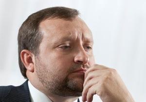 Арбузов может стать  премьером до конца 1-го полугодия 2013 года – Фесенко
