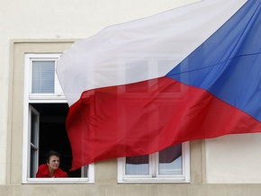 Чехия предлагает мигрантам бесплатный билет в обмен на согласие покинуть страну