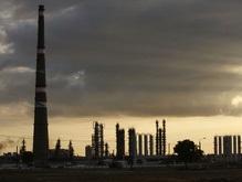 ОПЕК резко снижает добычу нефти