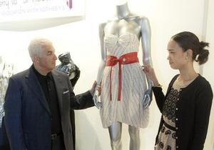 Платье Эми Уайнхаус ушло с молотка за 50,5 тысяч евро