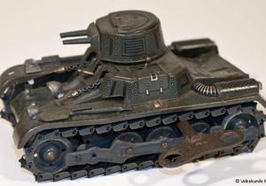 DW: В какие военные игрушки играют немецкие дети