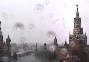 Мощный ураган пронесся над Москвой. Есть жертвы, повреждено электроснабжение
