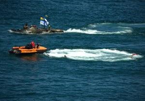 В Севастополе во время репетиции парада едва не утонул украинский бронетранспортер