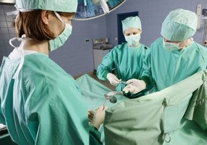 В США успешно провели полную трансплантацию лица