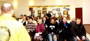 Представители бизнес-сообщества Хабаровска осваивают технологию этики и правосудия Л. Рона Хаббарда