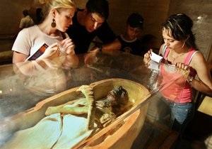 Ученые доказали, что искусственные ноги, найденные в древнеегипетских гробницах, служили протезами