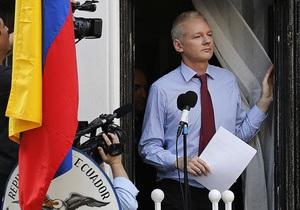 Эквадор готов принять Ассанжа на своей территории
