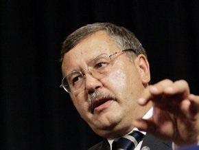 Гриценко: Нельзя назначать на должность министра человека в погонах