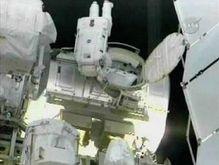 Астронавты Discovery завершили второй выход в открытый космос