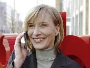 Мобильных операторов обязали сообщать полную стоимость услуг