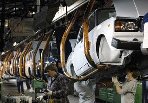В Украине резко сокращаются объемы продаж автомобилей Lada