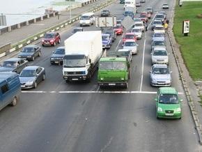 Кабмин собирается увеличить налоги для легковых автомобилей