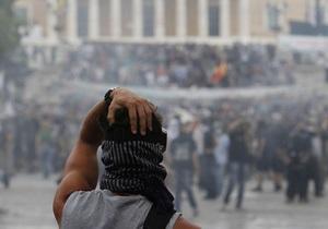 Центробанк Греции: Единственный шанс остаться в еврозоне - вернуться к прежним стандартам жизни