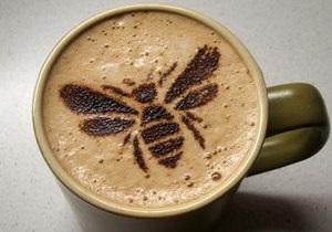 Ученые улучшили память пчел с помощью кофеина