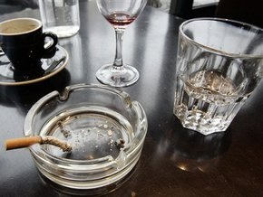 Депутаты предлагают дополнительно ограничить рекламу табака и алкоголя