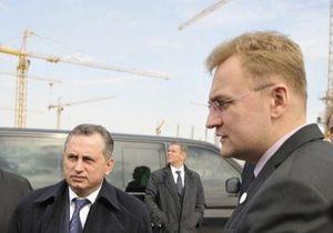 Мэр Львова требует, чтобы его вырезали из роликов Партии регионов