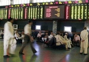 Дешевеющая нефть может снизить фондовые индексы, несмотря на позитив из Египта - эксперт