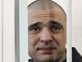 Отец Максима Курочкина возлагает вину за смерть своего сына на Луценко
