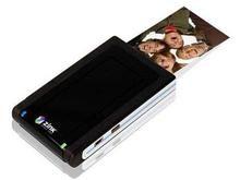 Компания Polaroid создала карманный принтер