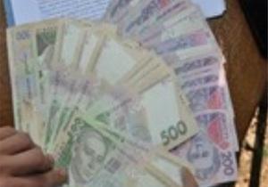 В Винницкой области налоговик требовал $20 тысяч за отказ от проверки частного бизнеса