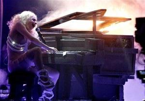 Lady GaGa заявила, что она - бисексуалка