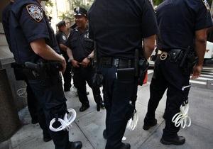 В США полицейский застрелил вооруженного авторучкой инвалида
