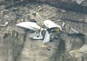 В пригороде Чикаго грузовой самолет упал в реку при попытке приземлиться (обновлено)