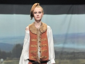 Лилия Пустовит представила коллекцию Казаки в городе