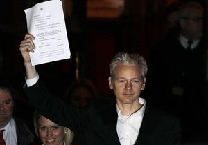 Имя основателя WikiLeaks станет торговой маркой