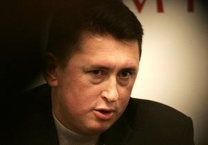 Мельниченко подал в суд на Турчинова и ряд СМИ