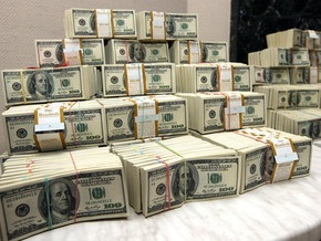 Крымские чиновники требовали у российского бизнесмена взятку свыше миллиона долларов