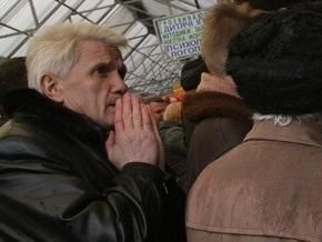 Литвин призвал политиков заниматься  не вышиванками , а проблемами людей