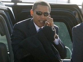 Обама запретил американским госслужащим печатать SMS за рулем