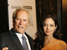 Клинт Иствуд пожаловался на красоту Анджелины Джоли
