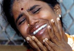 В Индии перевернулся грузовик с рабочими: более 30 погибших