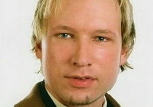 Прокуратура Норвегии попросит суд оставить Брейвика под арестом на два месяца