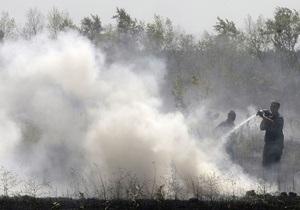 Полтавская область - горят торфяники  - пожар - огонь уничтожил - В Полтавской области огонь уничтожил 6 га травы и залежи торфа.