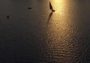 У берегов Ливана затонуло судно с 70 моряками