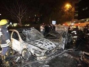 В центре Мехико разбился самолет: девять человек погибли (обновлено)