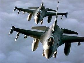 Турецкие военные самолеты пролетели над греческим островом - ТВ