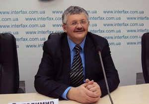 Скандальное стихотворение Винничука отправили на судебную экспертизу в Донецк