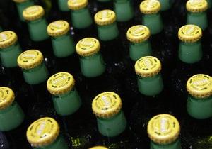 В Австрии оштрафовали полицейского, в шутку потребовавшего от водителя ящик пива