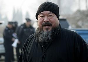 Китайский художник-диссидент Ай Вэйвэй выпустит хэви-метал альбом