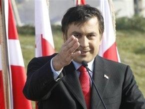 Саакашвили ожидает от Обамы большей поддержки, чем от Буша