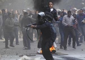 Фотогалерея: Египтяне против военных. Кровавые столкновения в центре Каира